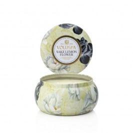 Svíčka s vůní citronové kůry, kokosu, saké a citronovníkových květů Voluspa Maison Metallo, 50hodin hoření